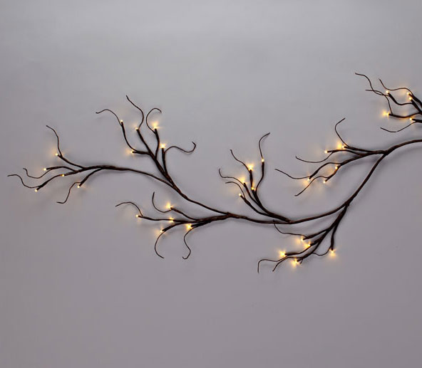 ... Battery Operated Lighted Garland   6 Feet 60 Warm White LEDu0027S   Timer
