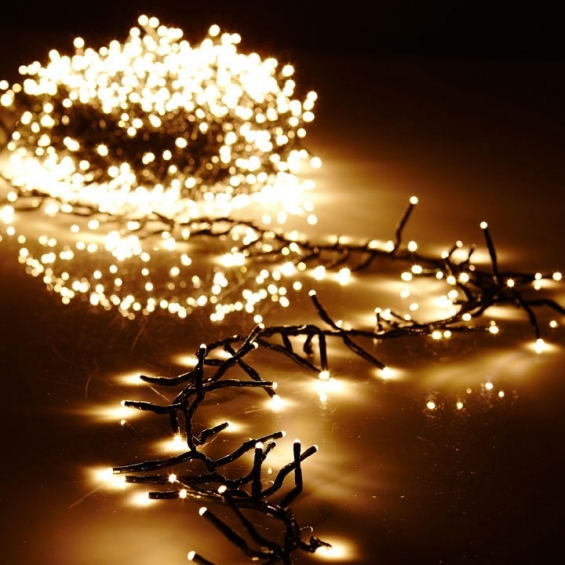 battery operated cluster lights 15 foot garland 120 warm white leds on green wire with remote