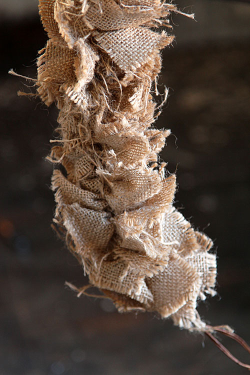 Natural Burlap Jute Wired Garland 7 Feet