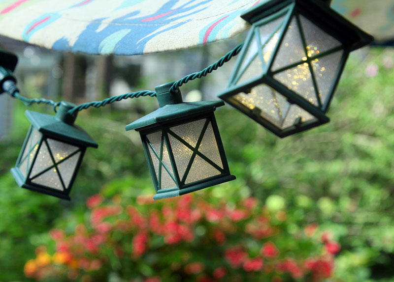 Set Of 10 Colonial Lantern Led String Lights Warm White