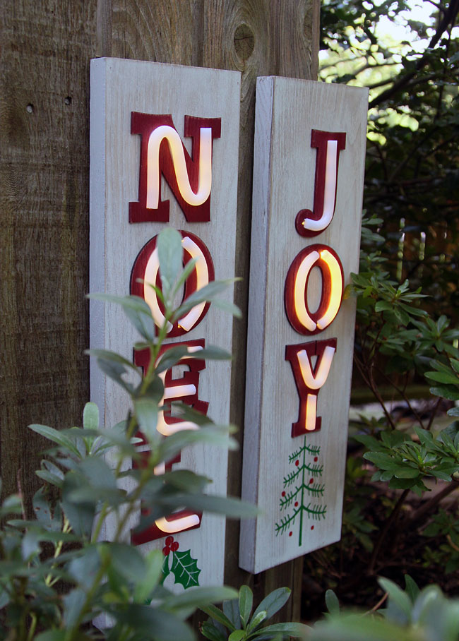Neon Lighted Wood Christmas Wall Hanging Noel 19 5 Inch