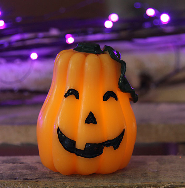 Flameless Halloween Candle - Carved Pumpkin - Buy Now